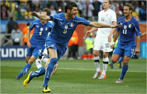 Italy    vs.    Slovenia